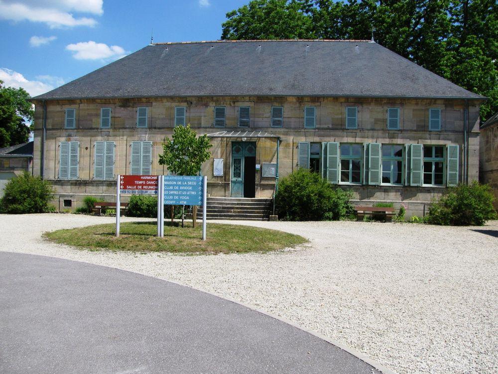 Bibliothèque Maison Dargent